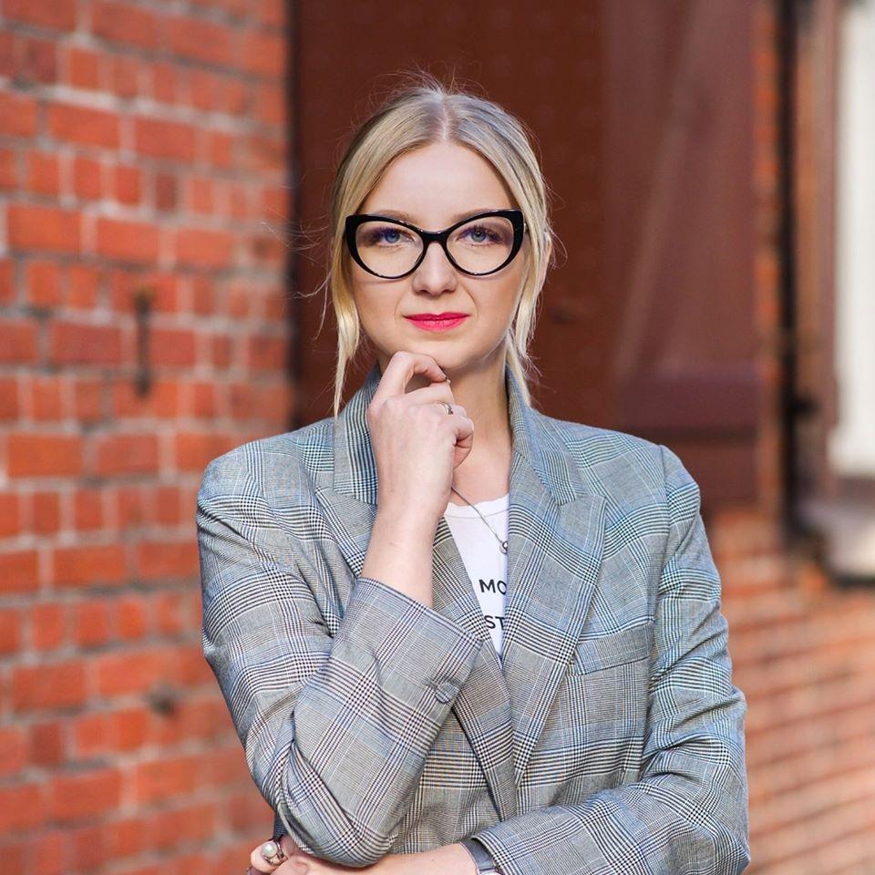 Įstaigų ir įmonių administravimas, Inesa Budginė